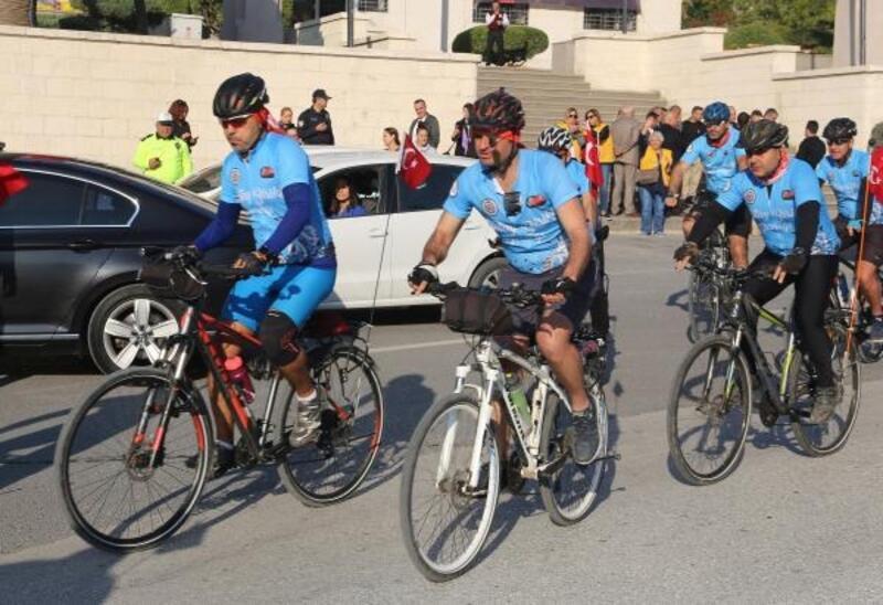 Hataylı bisiklet tutkunları, Anıtkabir yolunda