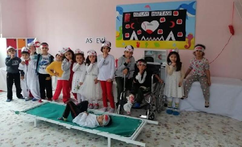 İslahiyeli minikler Kızılay Haftası'nı kutladı