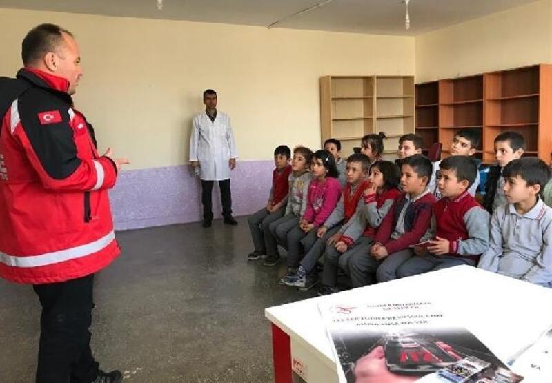Çocuklara 112 acil eğitimi verildi