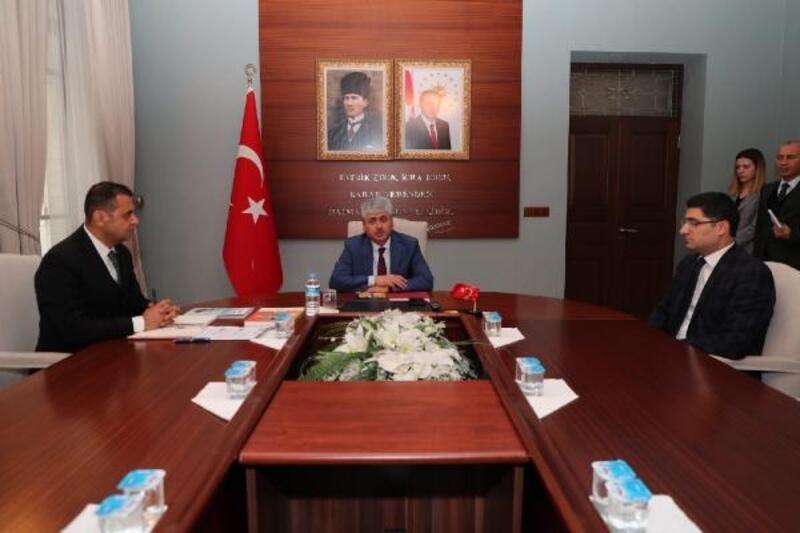 Vali Doğan, Hatay'ın projelerini imzaladı