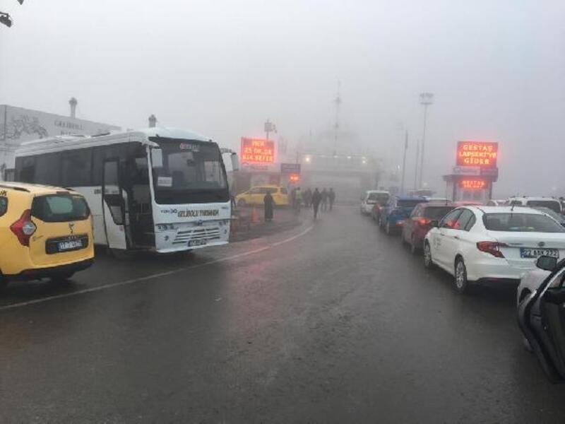 Çanakkale Boğazı, yoğun sis nedeniyle transit gemi geçişlerine kapatıldı