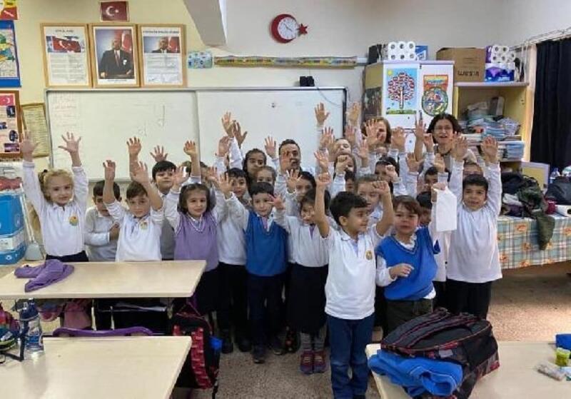 Turgutlu'da 4 bin 288 öğrenci aşılandı