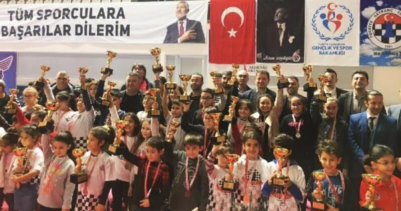 Adana Küçükler Satranç İl Birinciliği Turnuvası sona erdi