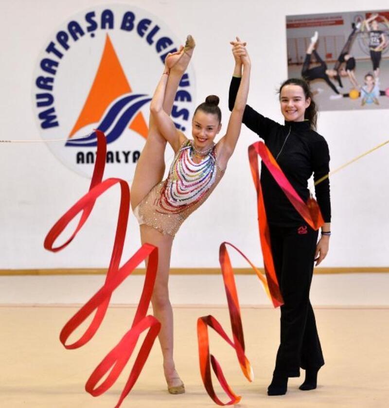 Yılın sporcuları Muratpaşa'dan