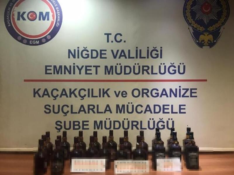 Niğde'de tren garında 22 şişe kaçak viski ele geçirildi