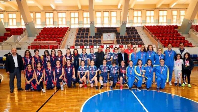 Okullar arası Genç Kızlar Basketbol İl Birinciliği Müsabakaları sona erdi
