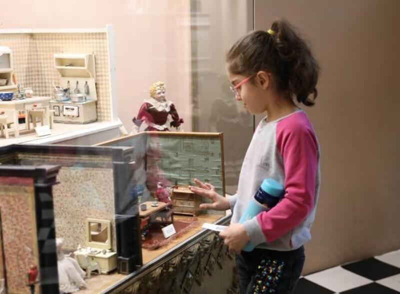 18'inci yüzyıldan oyuncakların da bulunduğu müzeye yoğun ilgi
