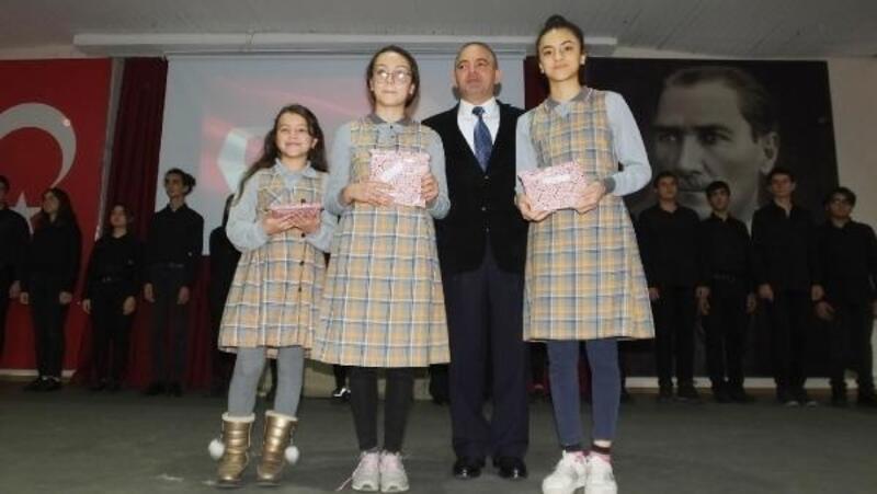 Mehmet Akif Ersoy Burhaniye'de anıldı