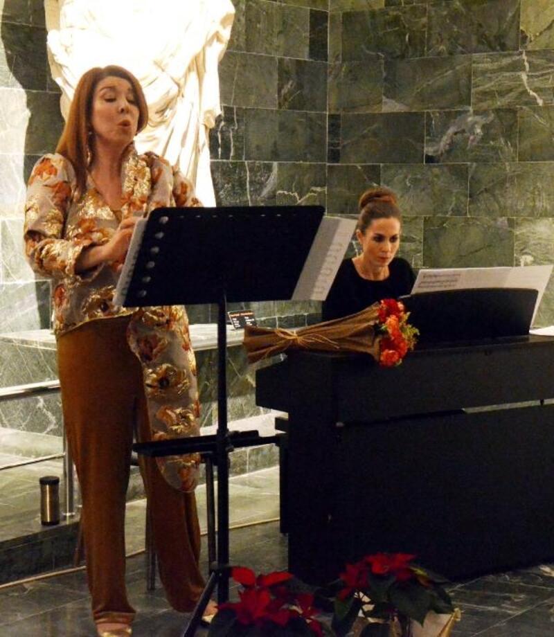 Müzede klasik müzik konseri
