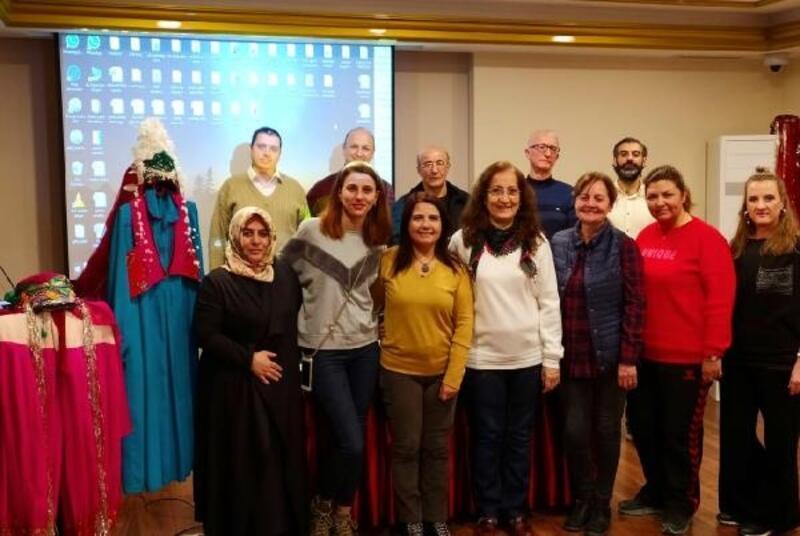 Kültür Akademisi'nde belge heyecanı