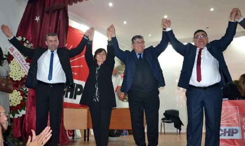 CHP Turgutlu'da yeni başkan Hüseyin Oğuz oldu