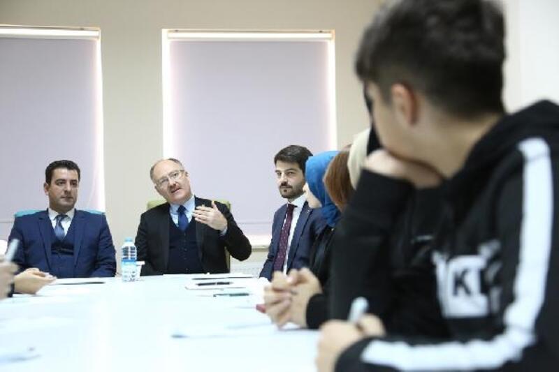 Sivas Belediyesi'nden gençlik çalıştayı