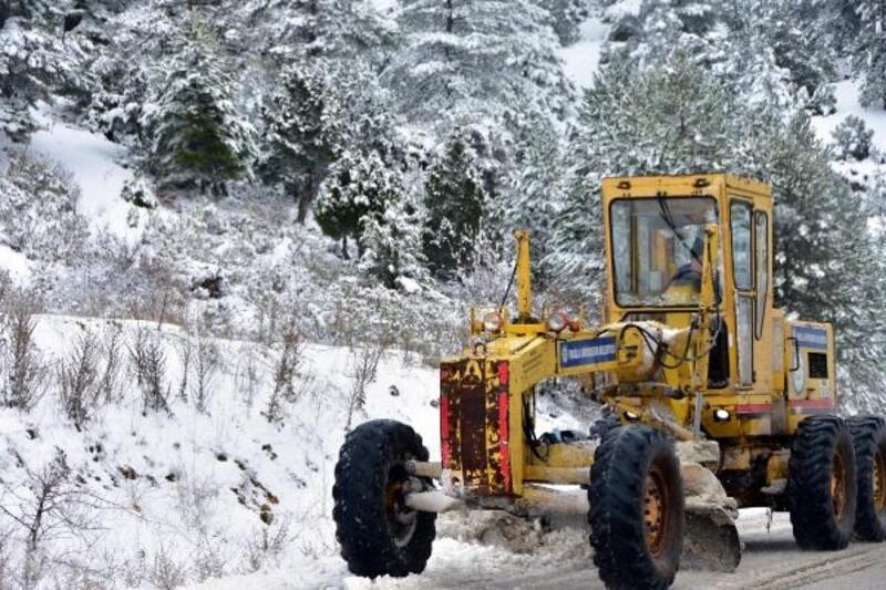 Muğla'da kar sevinci