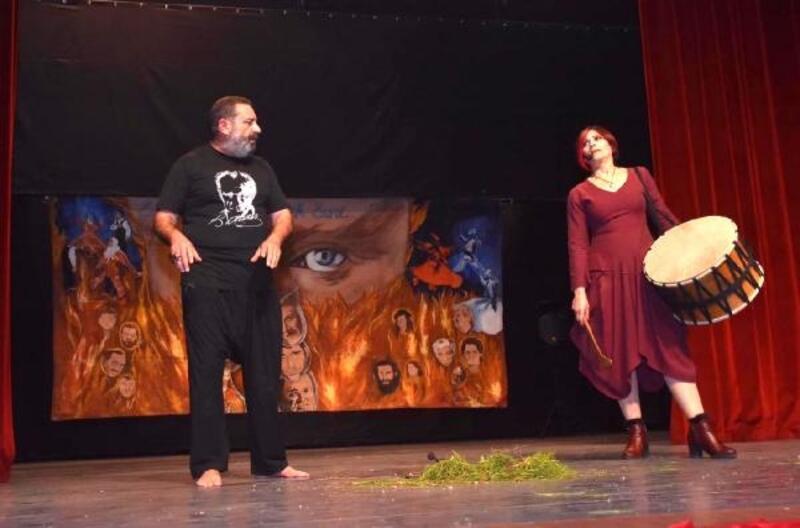 Ceyhan'da ücretsiz tiyatro etkinliği
