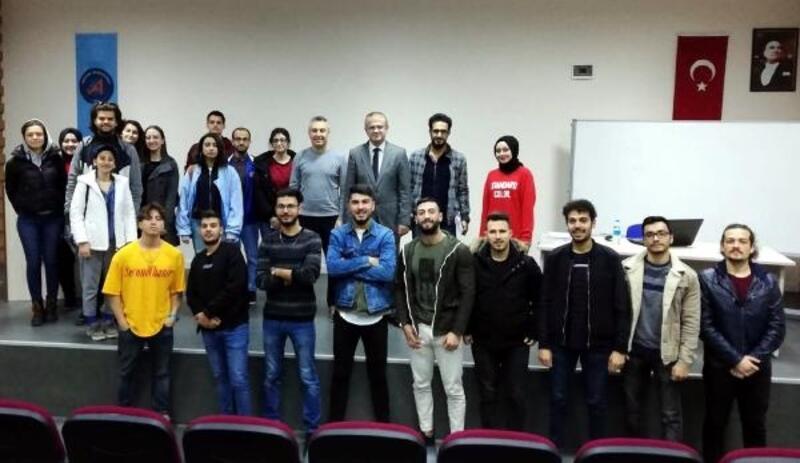 Manavgat Turizm Fakültesi'nde 'hukuk' söyleşisi