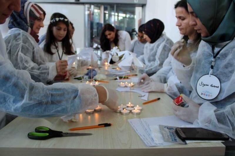 Bilim Merkezi'nde anne-babalara özel eğitim