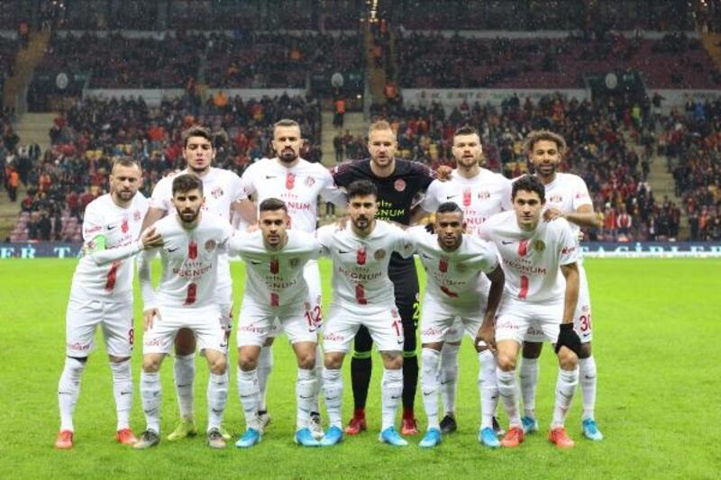 Antalyaspor 22 futbolcuyla oynadı