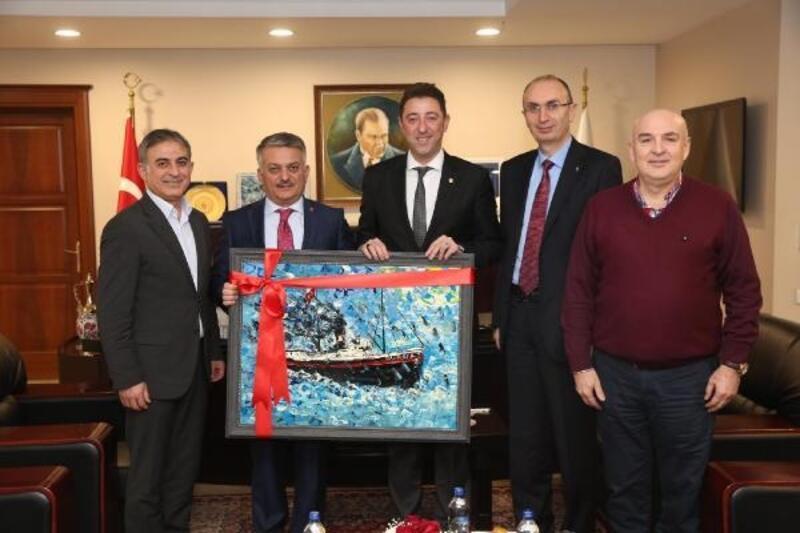 Balıkesir Valisi Yazıcı, Bandırma Belediyesi'ni ziyaret etti