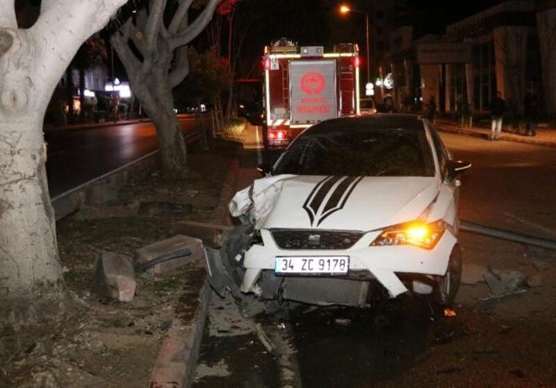 Kaza yaptı, aracı bırakıp kaçtı