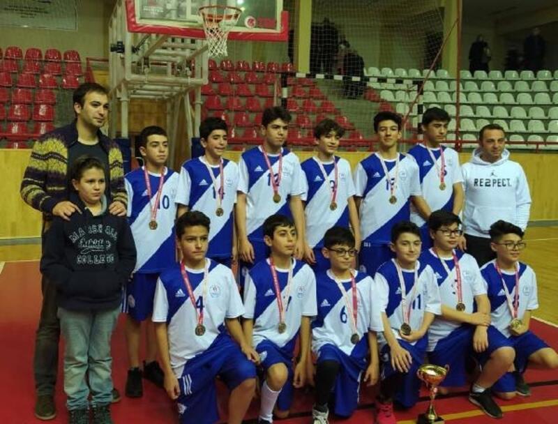 Basketbolda Gençlikspor namağlup şampiyon