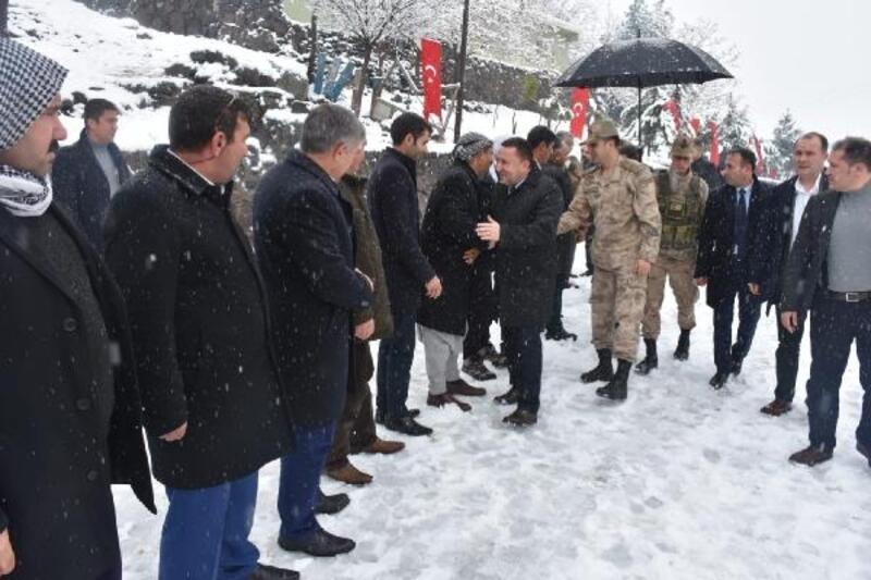 Bağlar Belediyesi'nden Karacadağ'da kış önlemleri