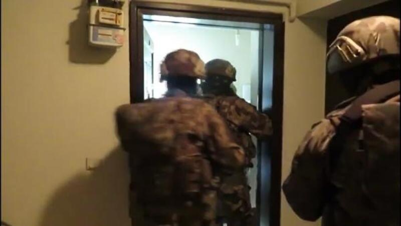 Bursa'da gaybubet evlerine operasyon: 13 gözaltı