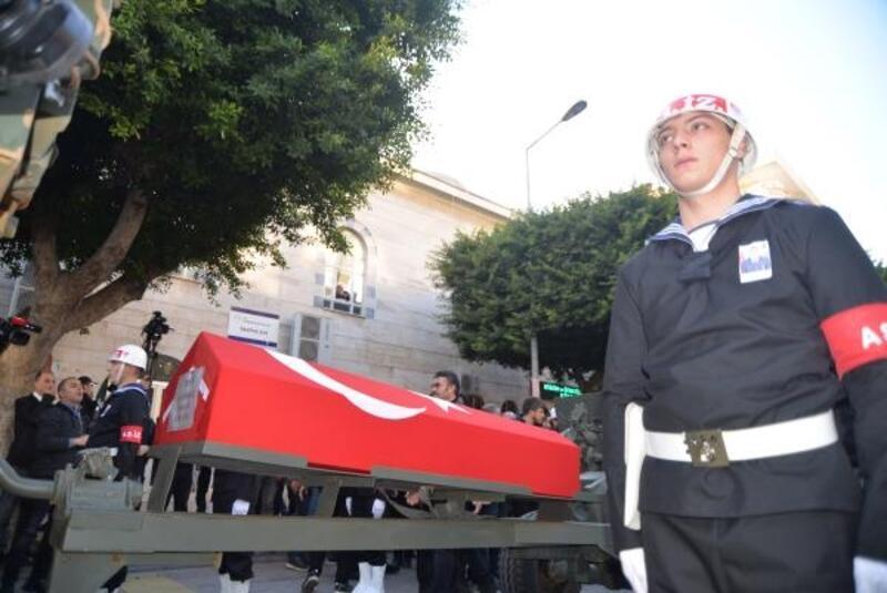 Şehit Uzman Onbaşı Karakoç, Mersin'de son yolculuğuna uğurlandı