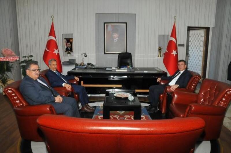 Akşehir Belediye Başkanı, Kaymakamı ziyaret etti