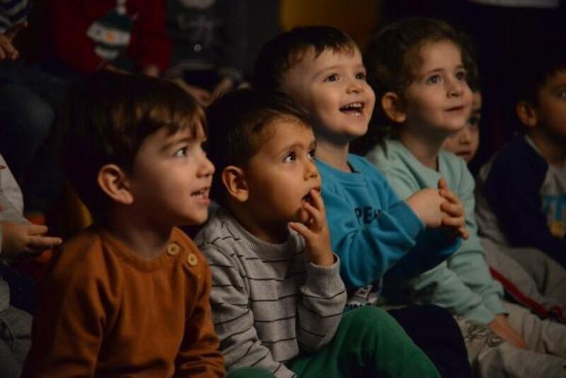 Altındağlı çocuklar 'Karagöz: Hayat Ağacı' oyununu izledi