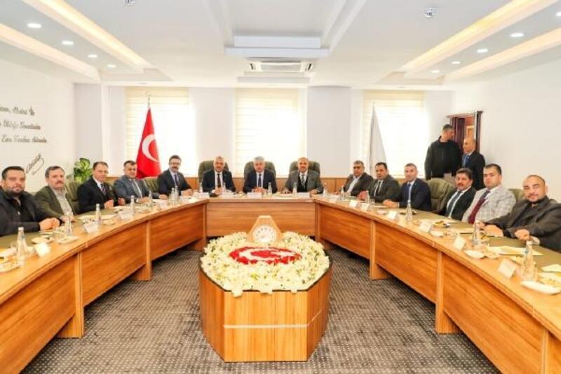 Hatay Valisi Doğan, RTSO'nun meclis toplantısına başkanlık yaptı