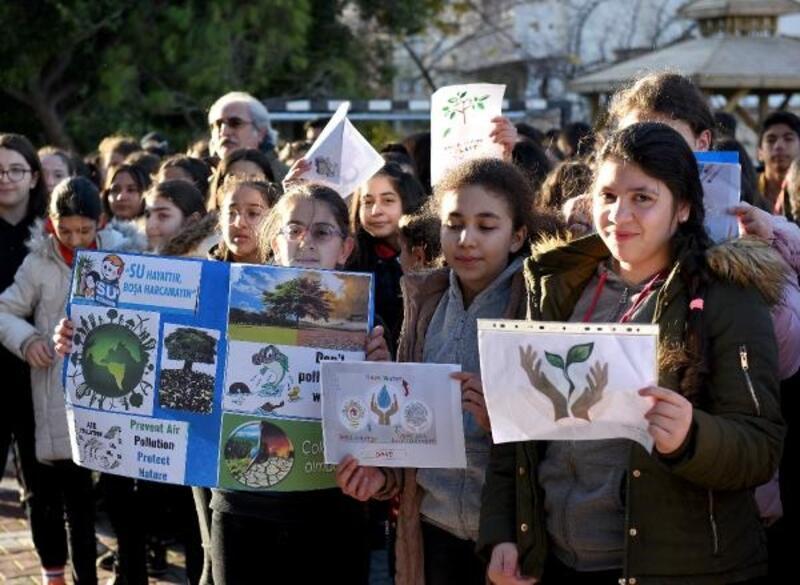 Başkan Uysal, öğrencileri kutladı