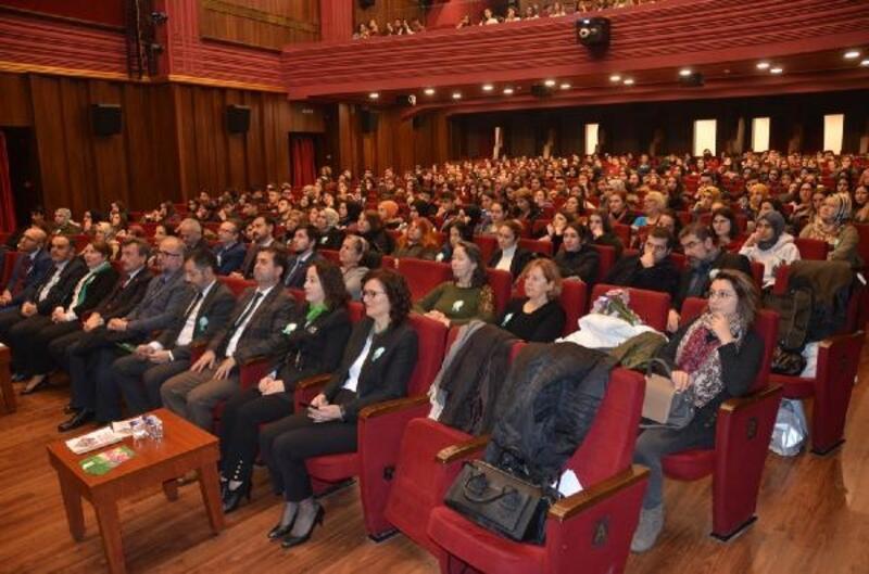 Bursa'da rahim ağzı kanserinde erken teşhise dikkat çekildi