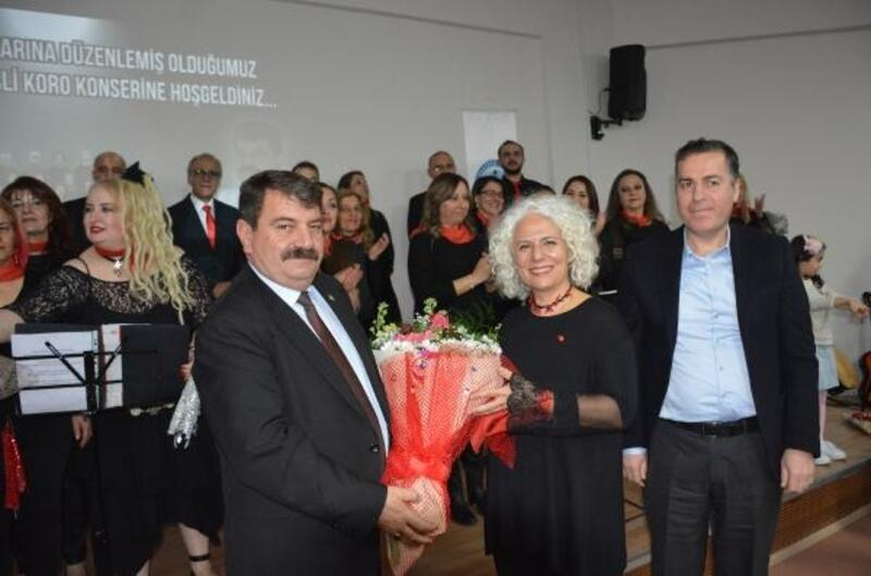 Mehmetçik Vakfı yararına konser