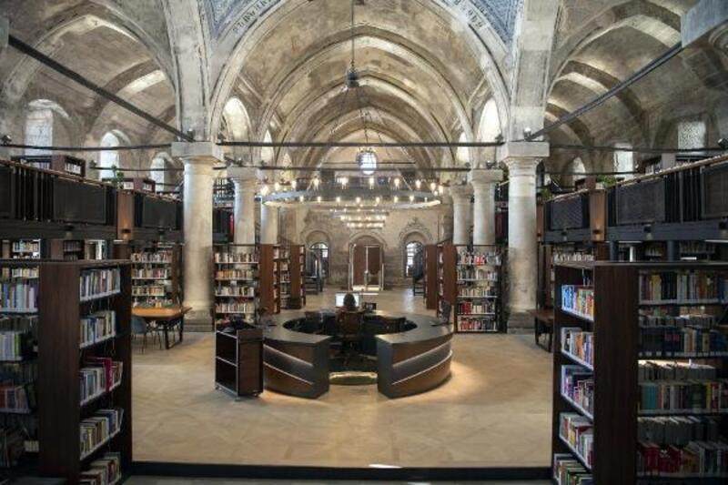 Tarihi kilise kütüphane olarak açılıyor