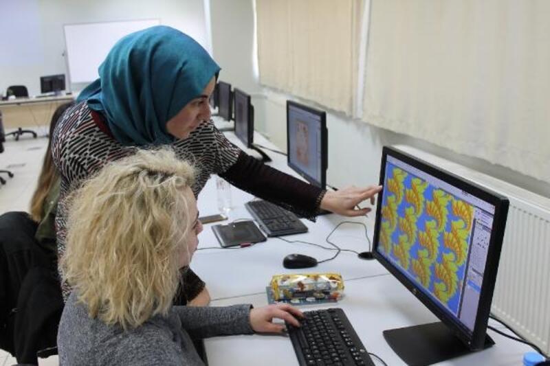 BUÜ Teknik Bilimler MYO'dan Uluslararası Moda Tasarım Programı