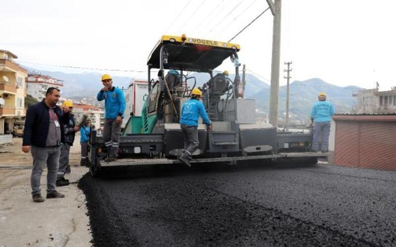 Oba Mahallesi'ne sıcak asfalt