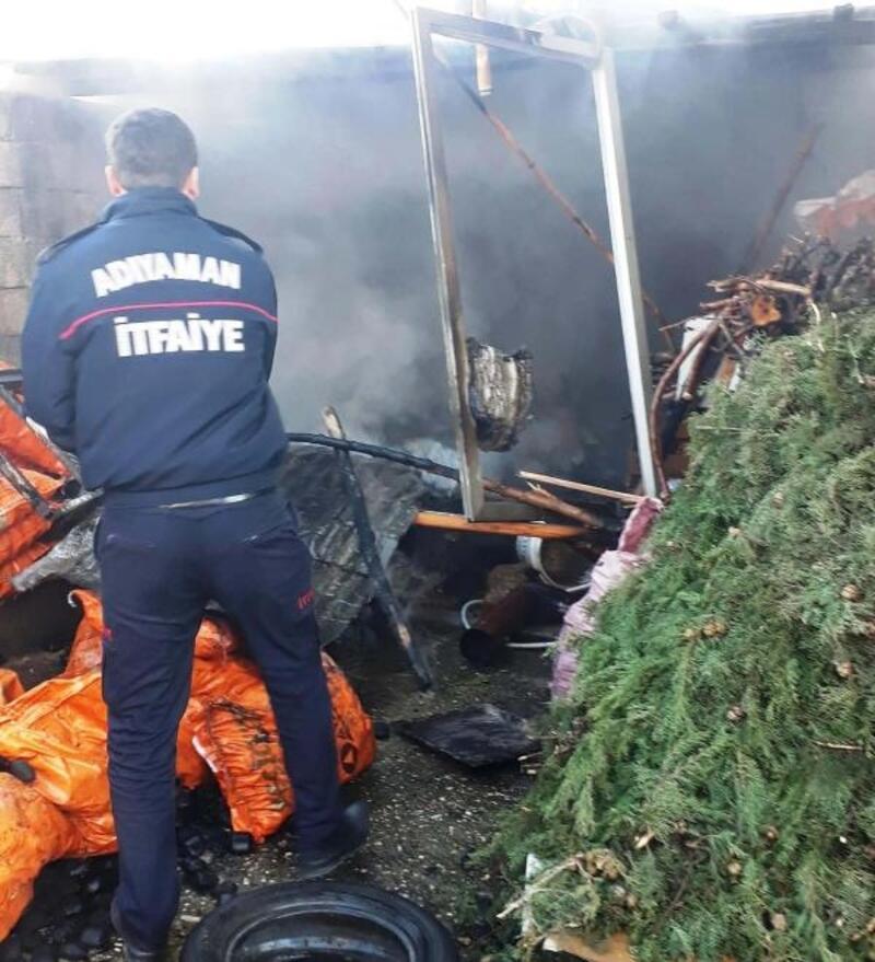 Adıyaman'da odunluk yangını