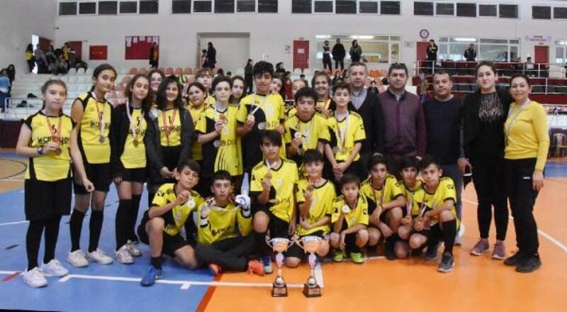 Futsalın şampiyonları Atatürk ve 80. Yıl Cumhuriyet