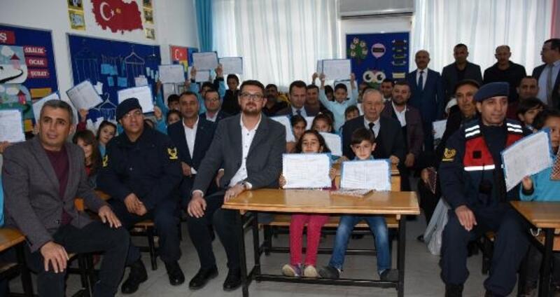 Kumluca'da 15 bin 136 öğrenci tatile girdi