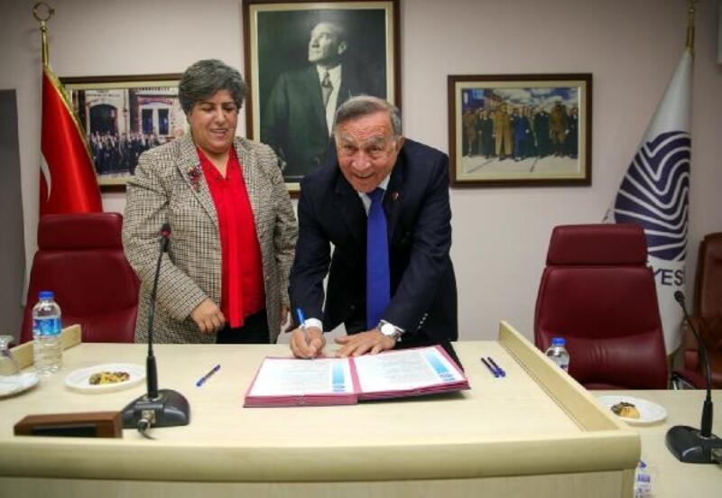 Seyhan'dan kadınlar için 'acil yardım' protokolü