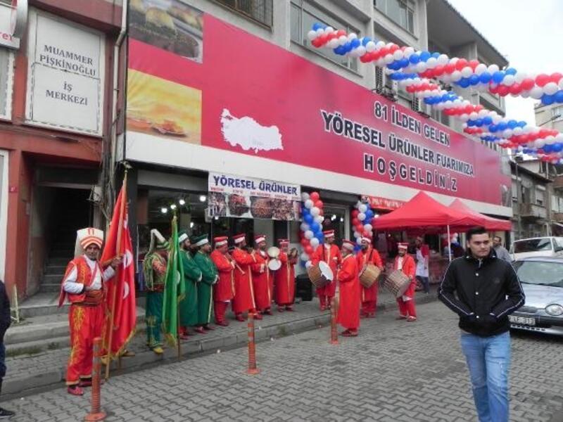 Lüleburgaz'da yöresel ürünler fuarı açıldı