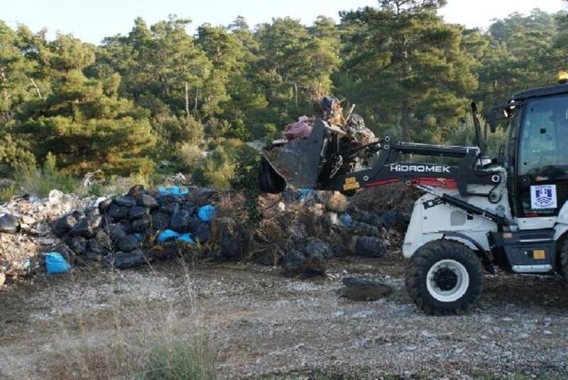Bodrum'da doğaya atılan 65 ton atık toplandı