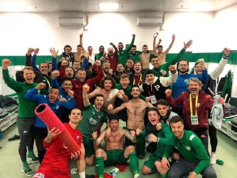 Bursaspor'dan sevinç paylaşımı