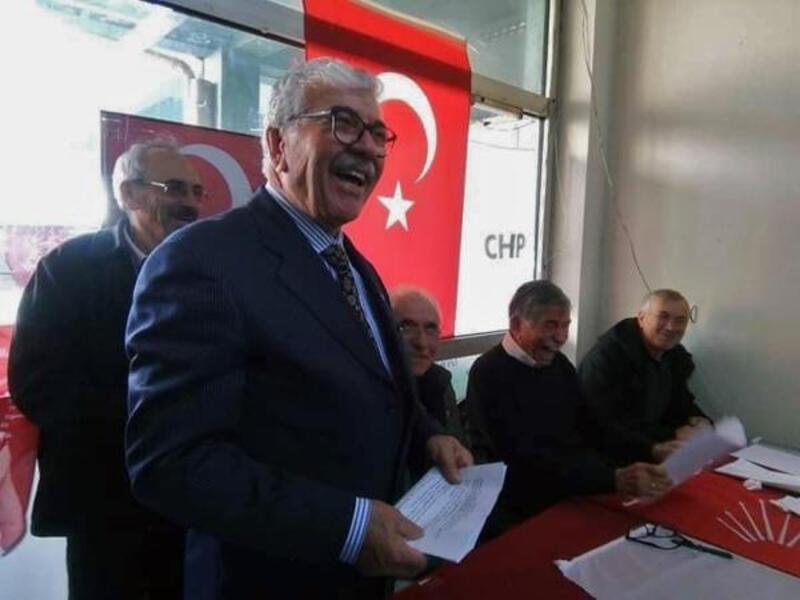 Gediz CHP'de yeni başkan Süleyman Mutlu