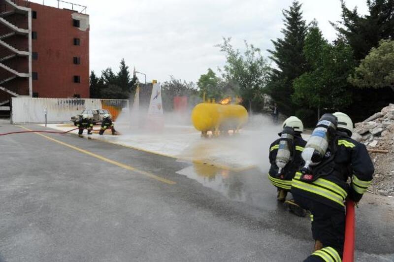 Konya Büyükşehir İtfaiyesi 2019'da 12 bin olaya müdahale etti