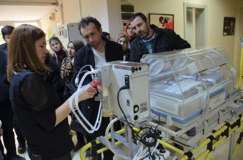 Acil sağlık ekiplerine bebek nakil eğitimi verildi