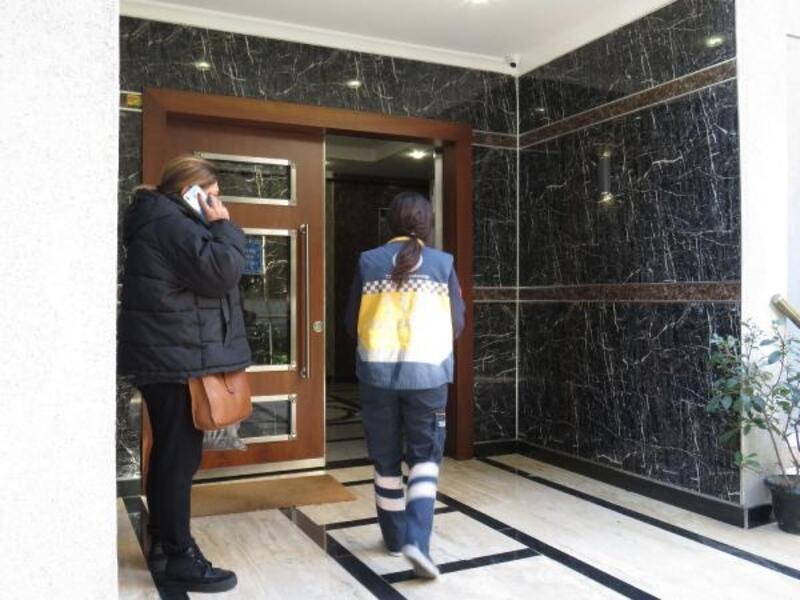 Kadıköy'de apartman boşluğuna düşen işçi öldü