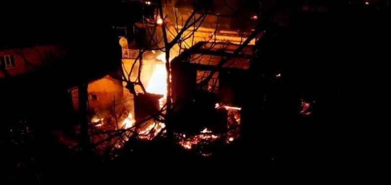 Nazilli'de 13 ev yandı, koyunlar telef oldu