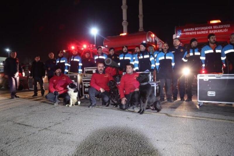 Ankara Büyükşehir Belediyesi'nden deprem bölgesine yardım