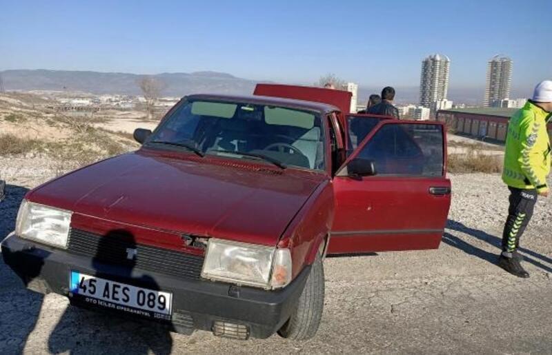 Denizli'de hırsızlık şüphelileri kovalamacada yakalandı: 1 polis yaralı